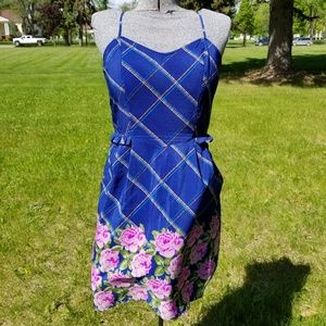 Dresses & Skirts - Floral Peplum Rose Print Silky Dress with Pockets